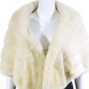 VINTAGE Blonde Fur bolero with satin lining
